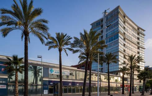 Olympic Village Housing Complex:  de estilo  de Ricardo Bofill Taller de Arquitectura