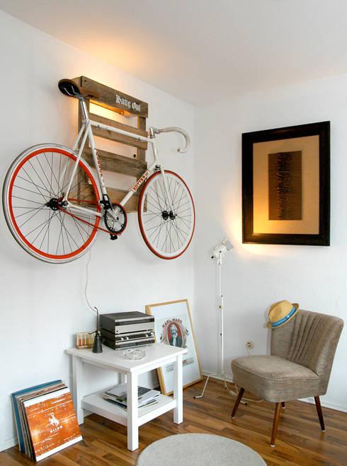 Hang Out:  Wände & Boden von Kompatibel Design