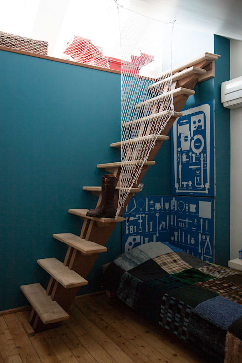 Une mezzanine qui fait rêver: Chambre d'enfant de style de style Moderne par mllm