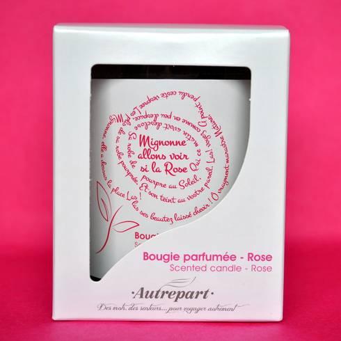 """BOUGIE PARFUMEE """"MIGNONNE ALLONS VOIR SI LA ROSE"""", PARFUM ROSE: Maison de style  par AUTREPART"""