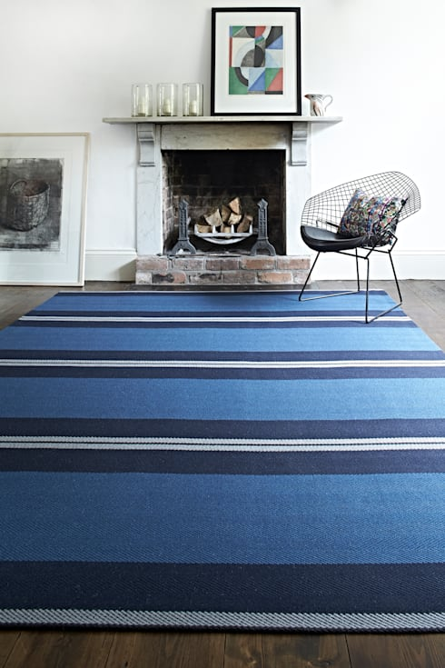 Roger Oates Bespoke Rugs: classic Living room by Roger Oates Design