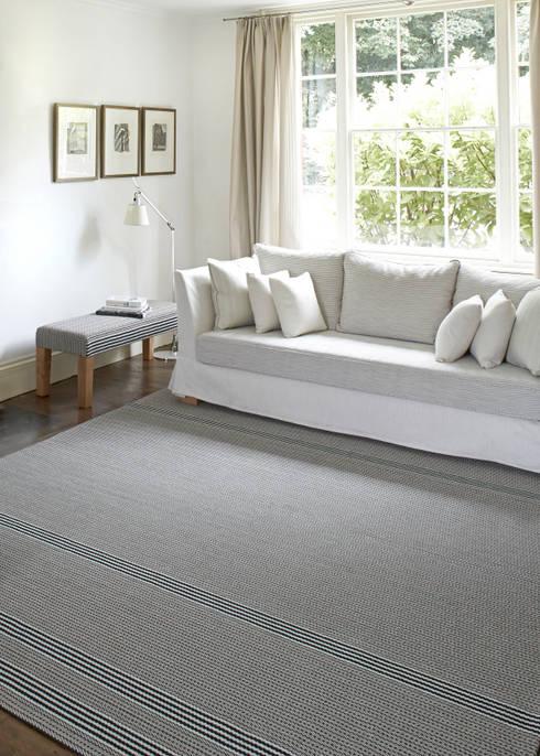 غرفة المعيشة تنفيذ Roger Oates Design