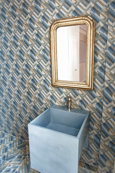 eclectic Bathroom by apie architectes