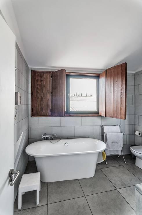 ADDEC arquitectos:  tarz Banyo