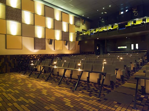 Bioscoopzaal:  Evenementenlocaties door Bobarchitectuur