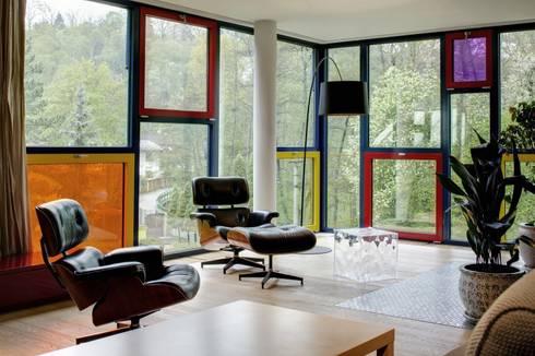 Villa Arwen: modern Houses by ATELIER 8000