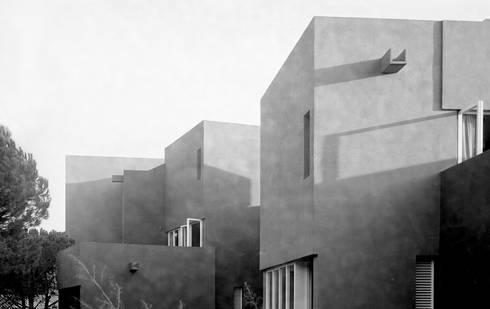 El Sargazo apartments:  de estilo  de Ricardo Bofill Taller de Arquitectura