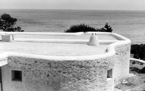 Summer House in Ibiza:  de estilo  de Ricardo Bofill Taller de Arquitectura
