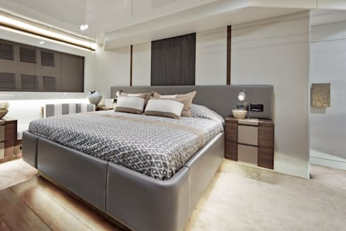 Master bedroom: modern Yachts & jets by Kelly Hoppen