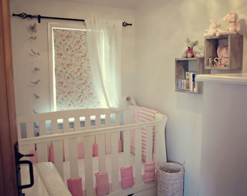 A Country Cottage: country Nursery/kid's room by My Bespoke Room Ltd
