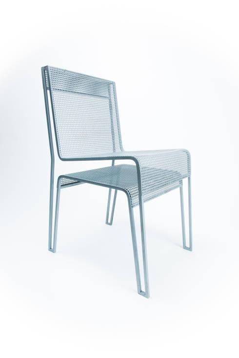 La chaise rien à cacher : Bureau de style  par Hugo Delautre