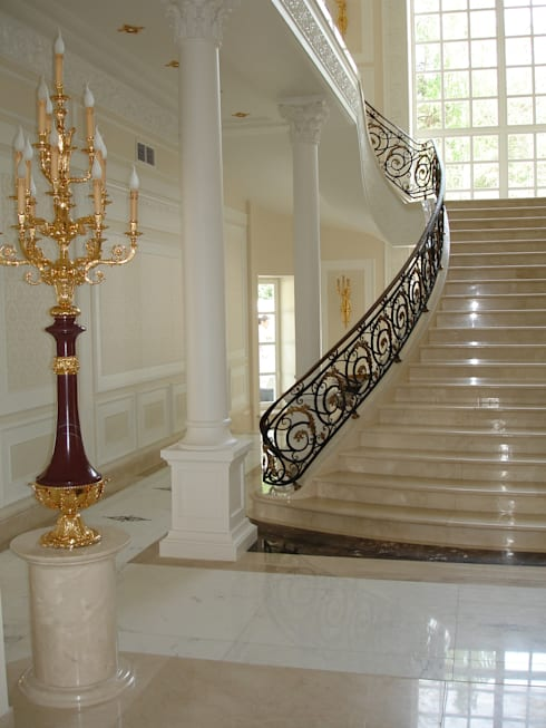 Corridor, hallway & stairs تنفيذ DECORMARMI SRL