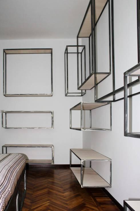 Dormitorios de estilo  de cristina leone architetto