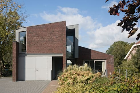 Woonhuis Pantekoek: moderne Huizen door Groeneweg Van der Meijden Architecten