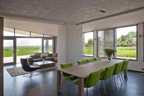 woonhuis Brinkman: moderne Eetkamer door Groeneweg Van der Meijden Architecten