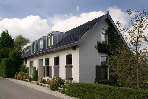 Woonhuis Van As: klasieke Huizen door Groeneweg Van der Meijden Architecten
