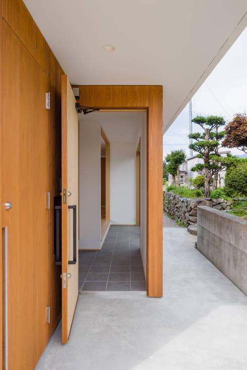 Rumah by  スタジオアウラ一級建築士事務所
