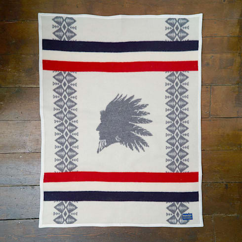 Pendleton heroic chief blanket:  Household by Fate London