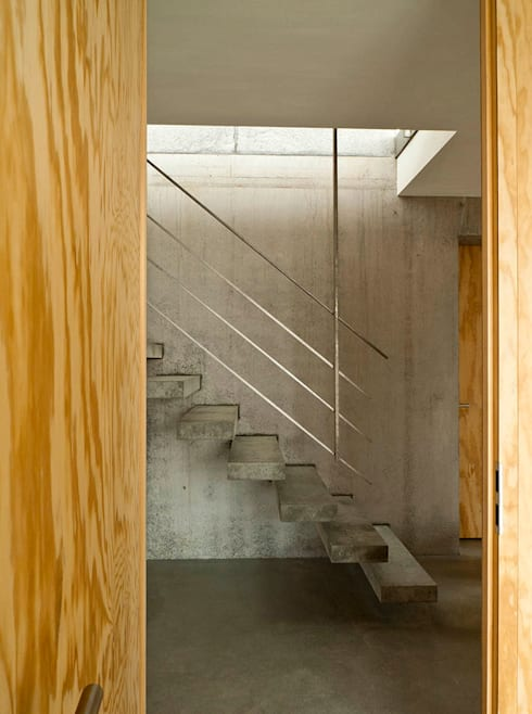 走廊 & 玄關 by GIAN SALIS ARCHITEKT