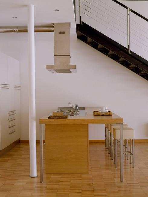 Cocinas de estilo  por Paola Maré Interior Designer