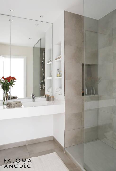Baño 1: Baños de estilo minimalista de Interiorismo Paloma Angulo