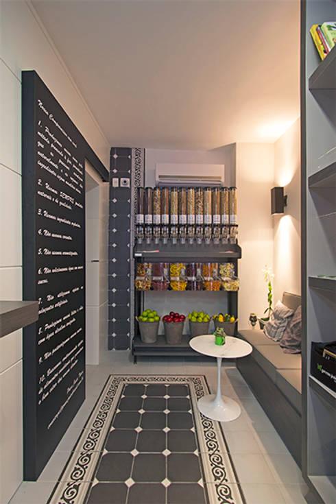 Casa de sucos: Espaços comerciais  por Jóia Bergamo - Arquitetura e Design de Interiores