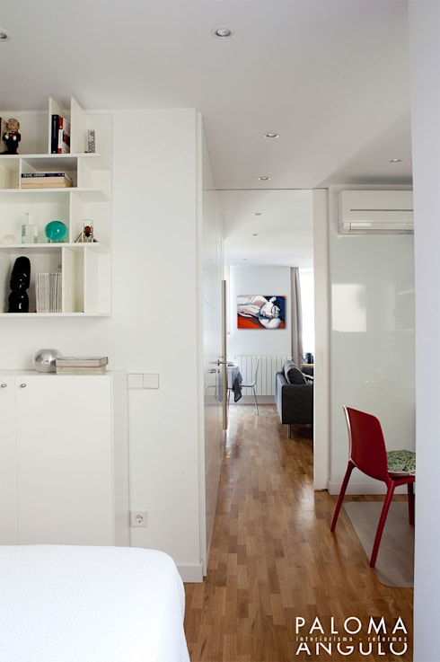 Distribuidor: Pasillos y vestíbulos de estilo  de Interiorismo Paloma Angulo