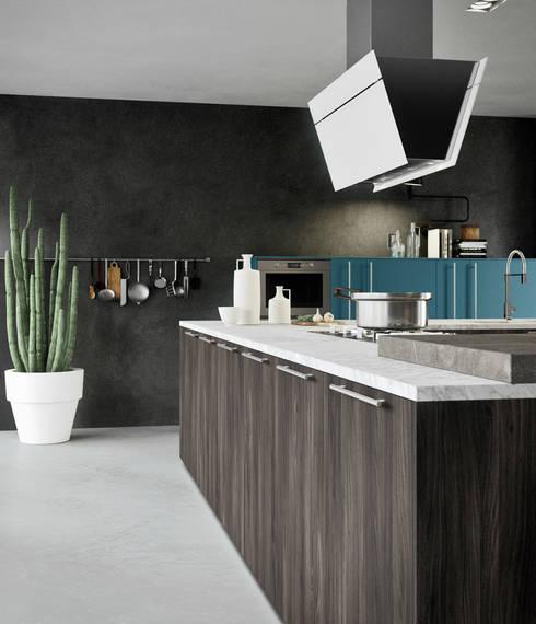 ONE_K handle: Cucina in stile in stile Moderno di Siloma srl