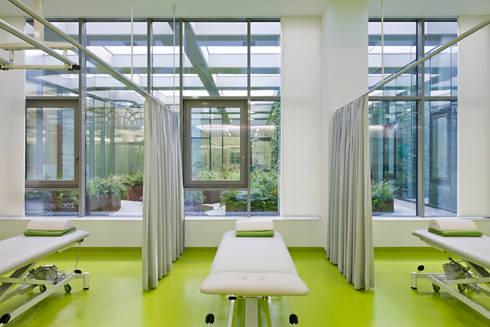 Gesundheitszentrum u3 med wien von lakonis architekten zt gmbh homify - Lakonis architekten ...