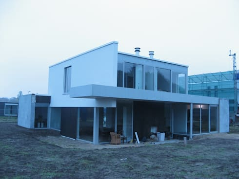 Villa Première: moderne Huizen door FD architecten