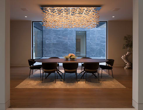 SUNSET STRIP RESIDENCE : modern Dining room by McClean Design