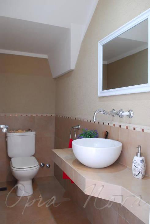 Baños de estilo  por Opra Nova