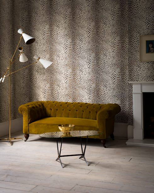 SKIN Collection: modern Living room by Graham Brown
