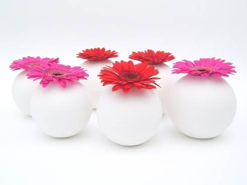 """""""Flor"""":   door Margot Thyssen Ceramics & Design"""