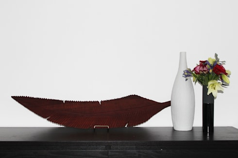 Wall Decor: modern Living room by Nilare