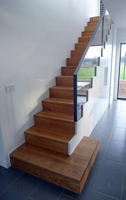 Лестницы в . Автор – homify