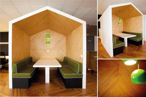 Oficinas Tribal Worldwide: Edificios de oficinas de estilo  de LabMatic Estudio