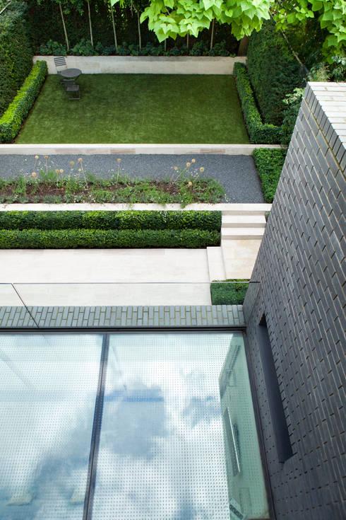 Jardines de estilo  por Lipton Plant Architects