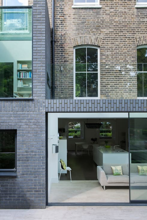 A Brick and a Half house:  Kitchen by Lipton Plant Architects
