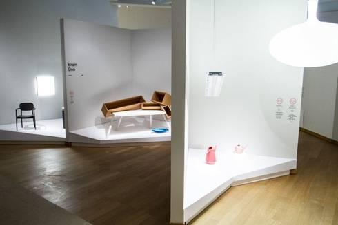 The Power of Objects:  Exhibitieruimten door VENLET INTERIOR ARCHITECTURE