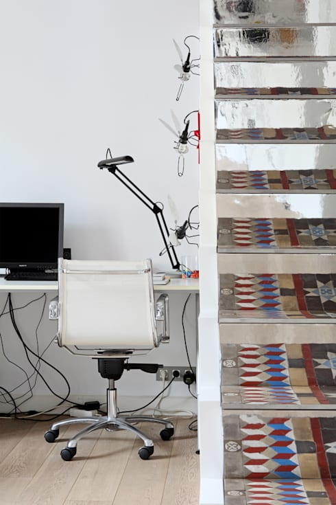 PISO SANTPERE47: Estudios y despachos de estilo  de Miel Arquitectos