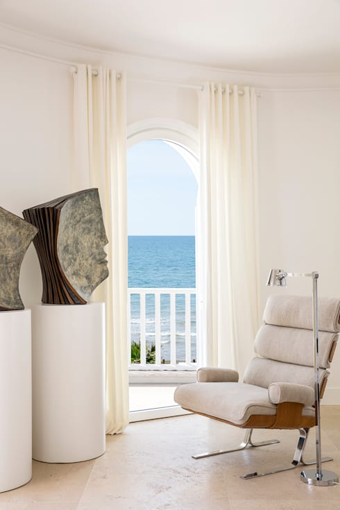 modern Living room by Stefano Dorata