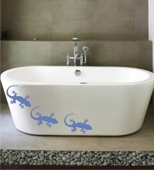 Geckos als Wandtattoo: moderne Badezimmer von www.wandtattoo-home.de