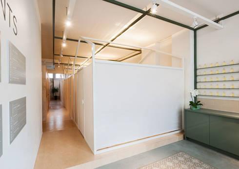 Het Massagehuys  |  behandelkamers:  Gezondheidscentra door TANK interior design