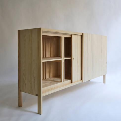 minimalistische Woonkamer door Sebastian Erazo Fischer