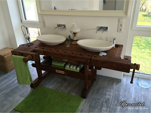 Rustic Bathroom By Ywona E.U.