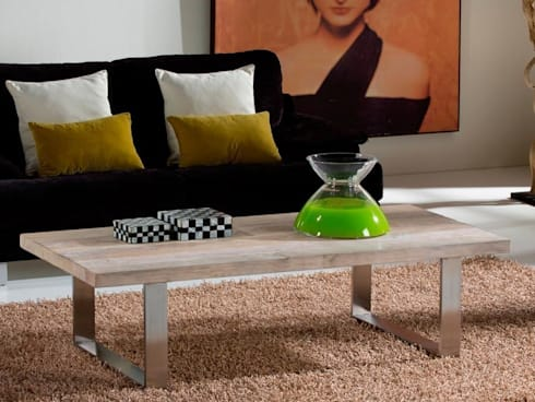 Mesa de centro moderna Pirena: Salones de estilo moderno de Paco Escrivá Muebles