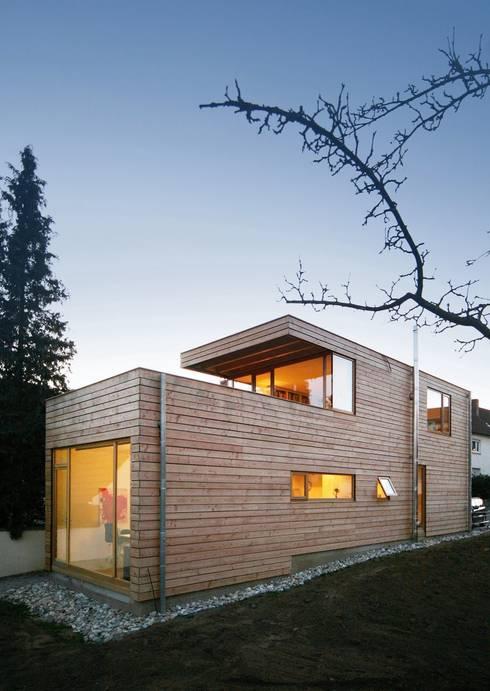 Atelierhaus in Würzburg:  Garten von Wolfgang Fischer Architektur
