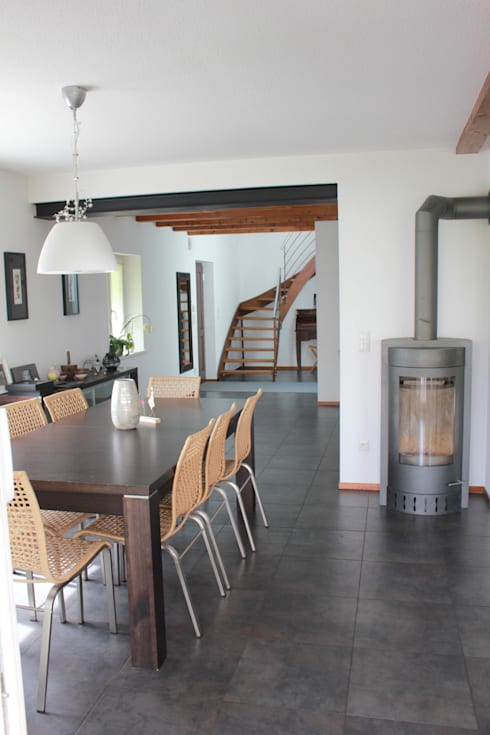 Rénovation - Maison R:  de style  par ATELIER D'ARCHITECTURE SANDRINE ROYER