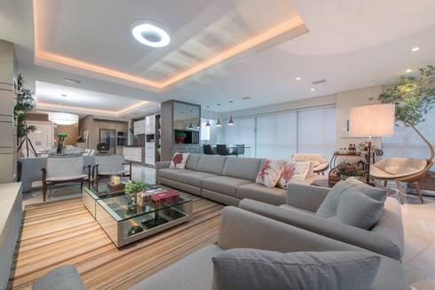 Lar de verão para unir a familia: Casas modernas por Actual Design